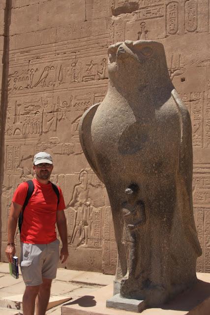 Visitar o TEMPLO DE EDFU e ver um dos mais belos templos egípcios | Egipto