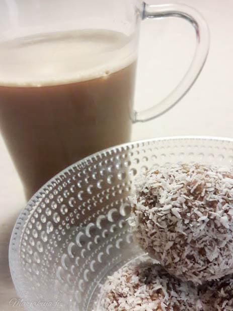 kookospallo kastehelmi kahvi