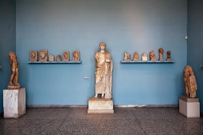 Μια ζεστή μέρα πήγαμε στο μουσείο της Ελευσίνας