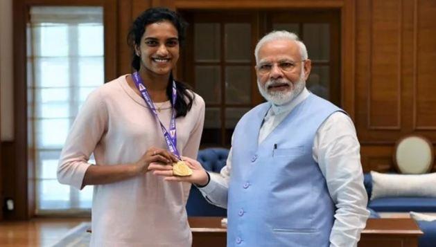PV सिंधु की मोदी से मुलाकात - newsonfloor.com