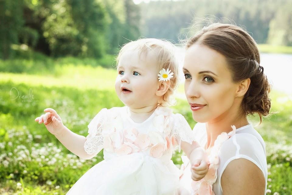 Krikštynų fotosesija. Mama ir dukra