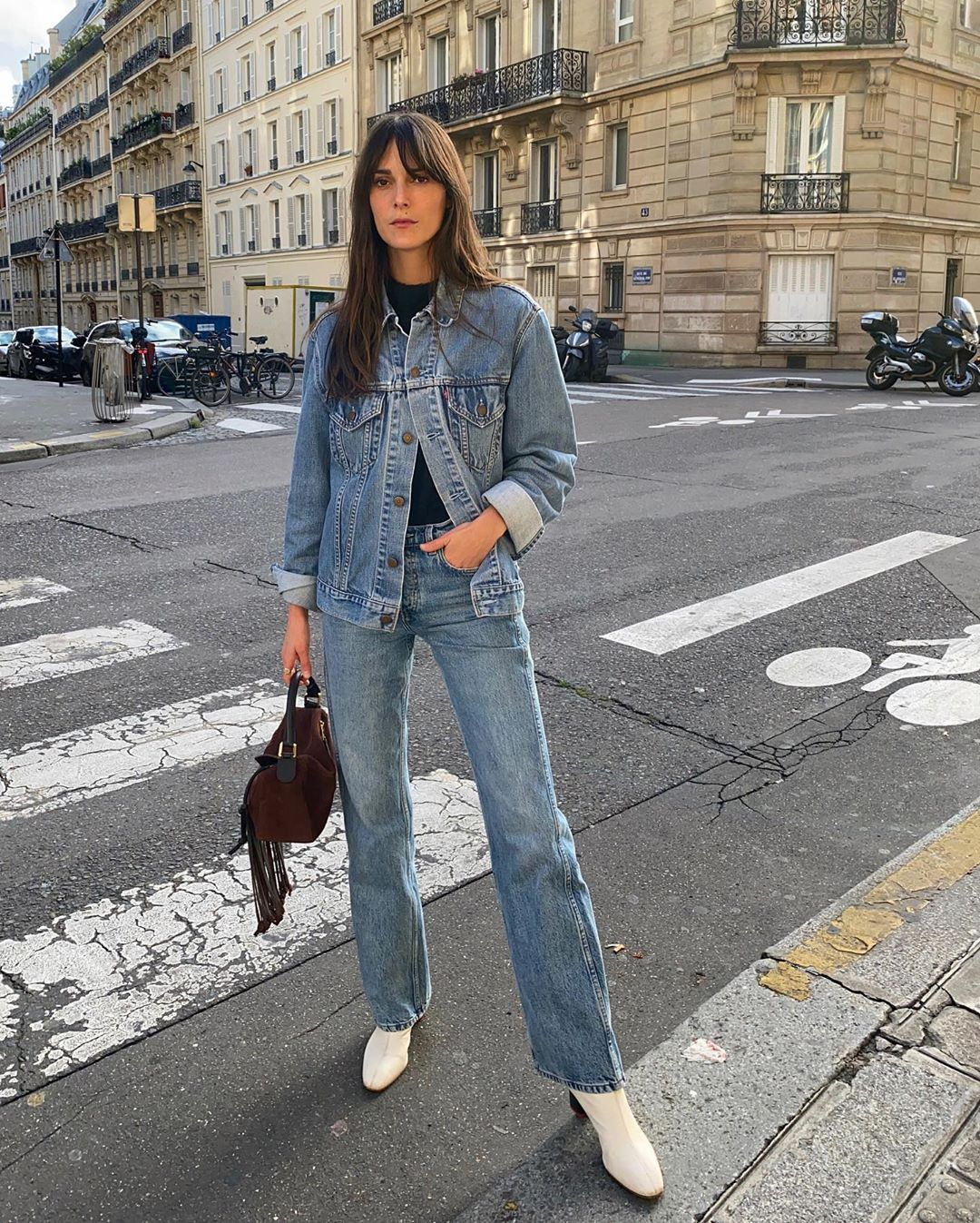 This French-Girl Denim-on-Denim Outfit Is So Simple Yet So Put Together