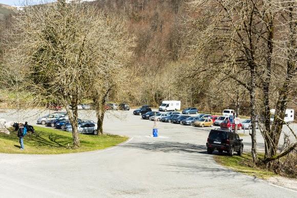 Parking Roncesvalles detrás de la hermita