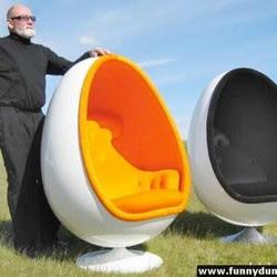 Diseño de sillón con mucho ingenio y creatividad en forma de huevo.