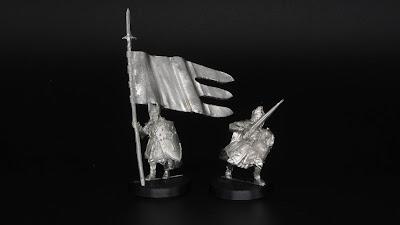 Númenorean Bannerbearer and Captain