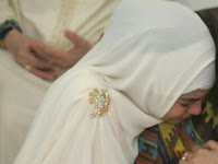 Risty Tagor pernah tergoda lepas hijab gara-gara ini