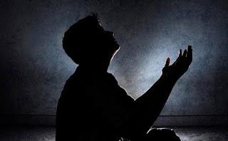 Berdoa agar diberi hati yang khusyu