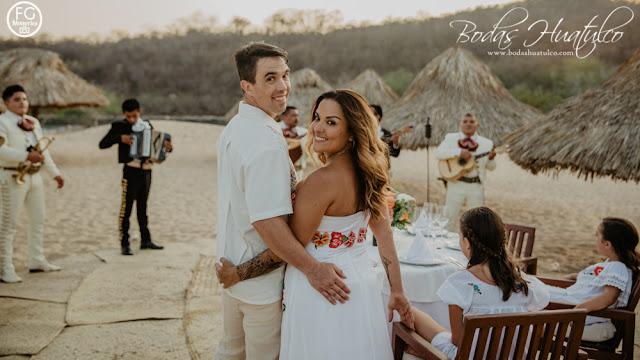boda en playa, de novia a novia, Bodas Huatulco, beach wedding