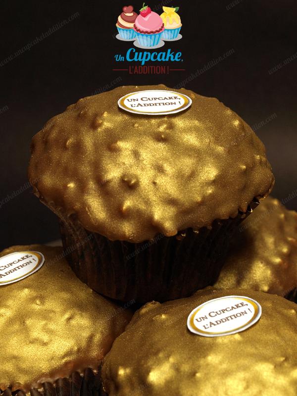 Cupcakes façon Ferrero Rocher®: gâteau praliné, cœur Nutella®/noisette entière et couverture croquante chocolat au lait / pralin.