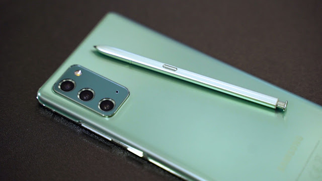 Samsung Galaxy Note20 appears in Mystic Green color.