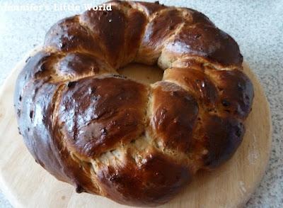 Mediterranean fruit loaf