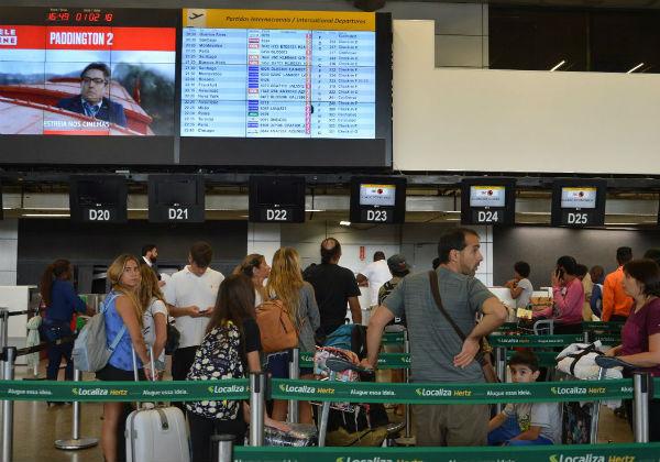 Aeroportos passam a emitir mensagem da Anvisa sobre coronavírus