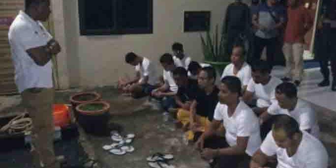 Meresakan Masyarakat dan Pengaruhi Anak-anak, Polisi Ciduk Belasan Waria di Aceh