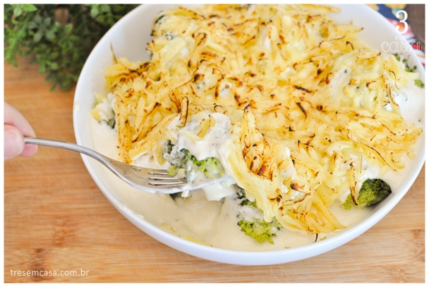 brócolis gratinado com molho branco receita