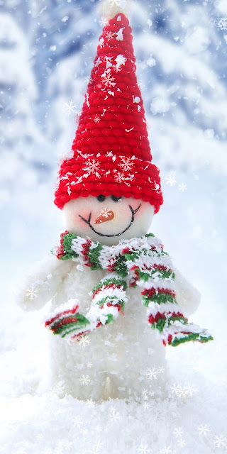 Free Christmas wallpaper: Cute snowman