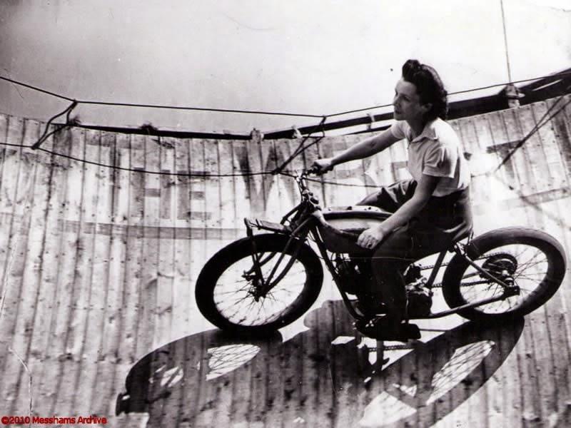 Amazing Vintage Photos Of Early Women Motorcycle Stunters
