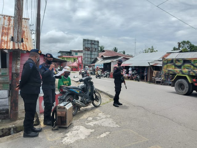 Tim Patroli Brimob Sosialisasikan Protokol Kesehatan