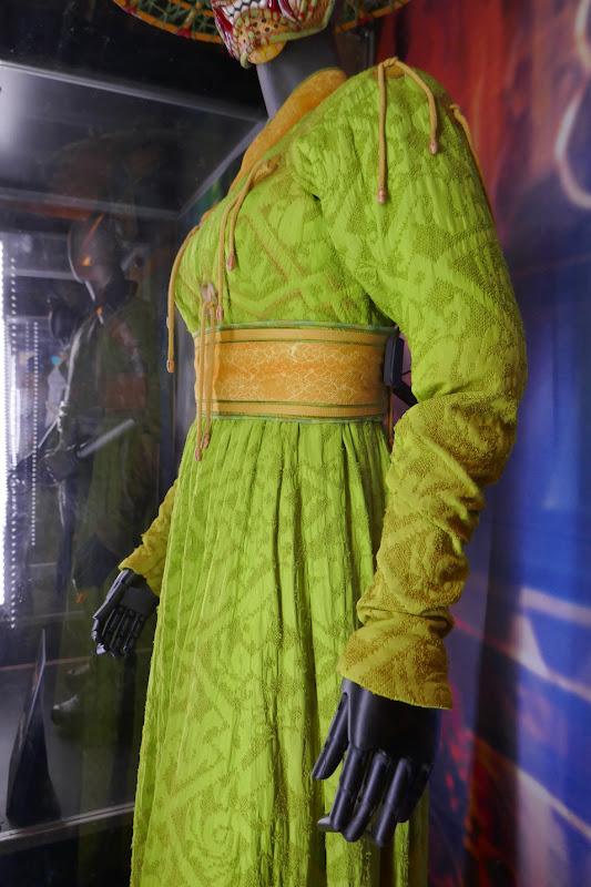 Shang-Chi Ten Rings Li costume detail