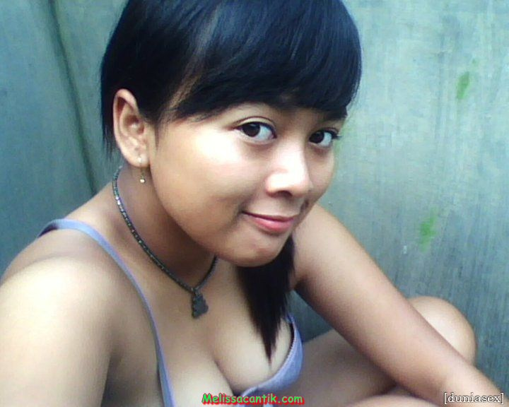 Koleksi Foto Cewek Amoy Mulus Pamer Belahan Dada (40 Hot