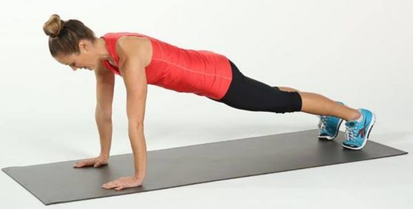 5 Simple Exercises That Will Transform Your Body in Just Four Weeks - Push-ups