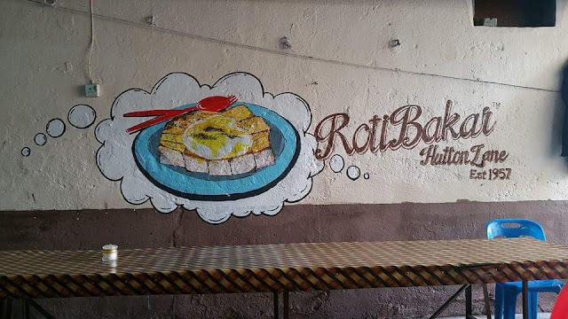 roti bakar hutton lane penang, tempat makan best, mural penang,