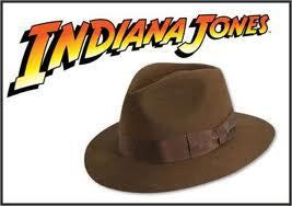 """E che dire dei diversi modi in cui lo utilizza """"Indiana Jones""""   stili  diversi per personaggi diversi. 2b8d6e0b06c1"""