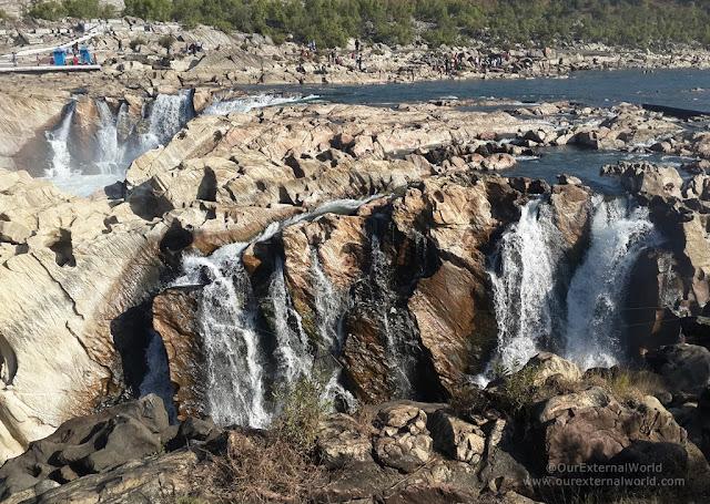 dhuandhar waterfalls, V Vrindavan Resort