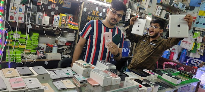 Best secondhand mobiles shop in Delhi Khanna Communaction