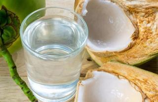 4 Manfaat Air Kelapa Muda Bagi Kesehatan