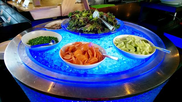 Glasshouse Hyatt Regency Sunday Brunch Vegetarian Vegan Health Nutrition Salad