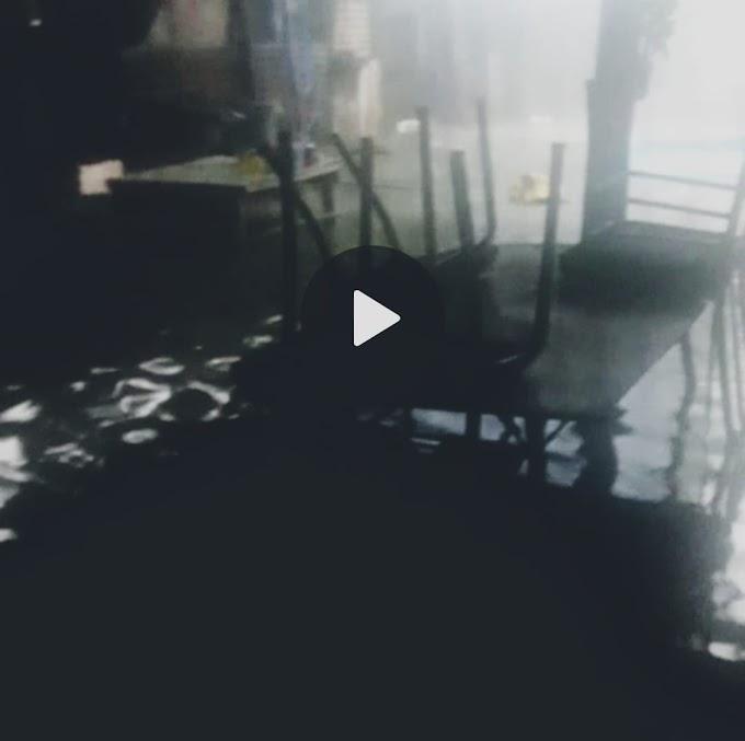 La desesperación de vecinos en La Ribera porque les ingresó el agua hasta 50 cm en sus viviendas