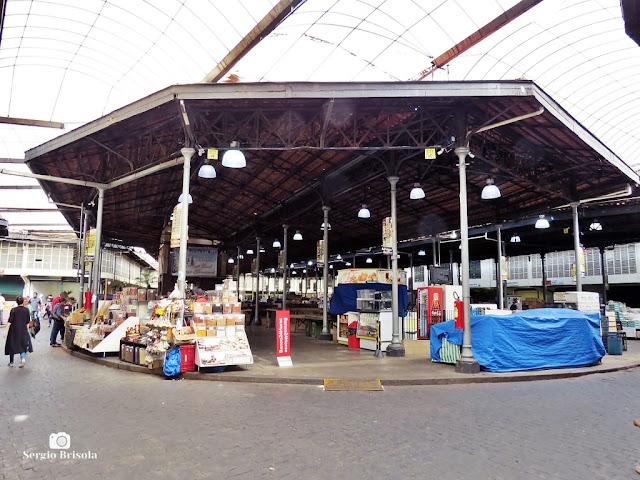 Vista da parte interna do Mercado Municipal Cantareira Kinjo Yamato - Centro Histórico de São Paulo