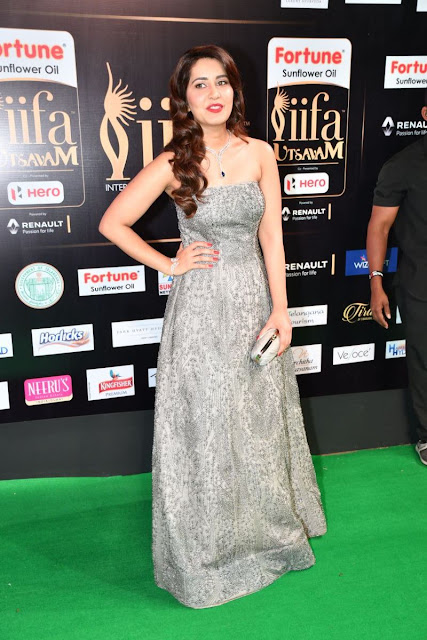rashi khanna at iifa awards 2017 day 2