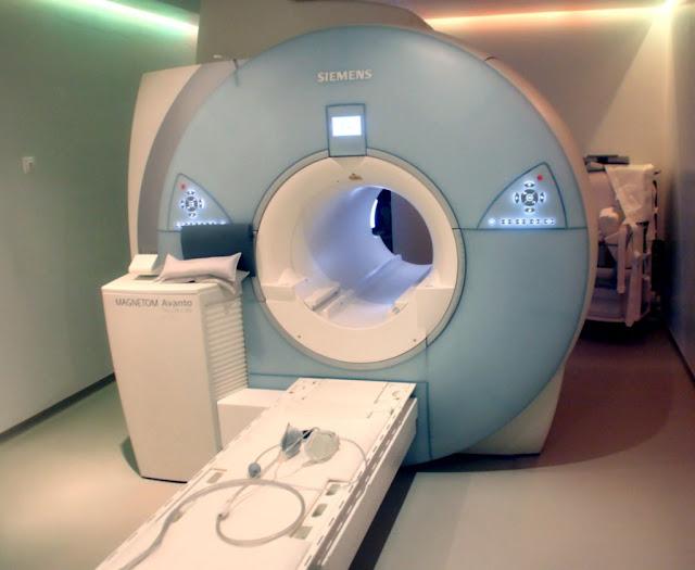 Αδιανόητο: Επισκέπτης σε νοσοκομείο πέθανε όταν τον «ρούφηξε» ο μαγνητικός τομογράφος