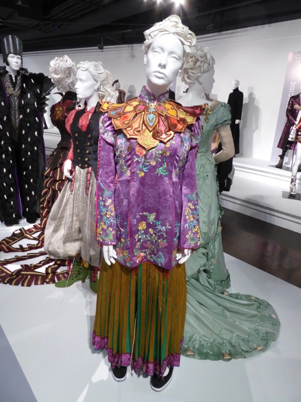 Mia Wasikowska Alice Through Looking Glass Asian costume