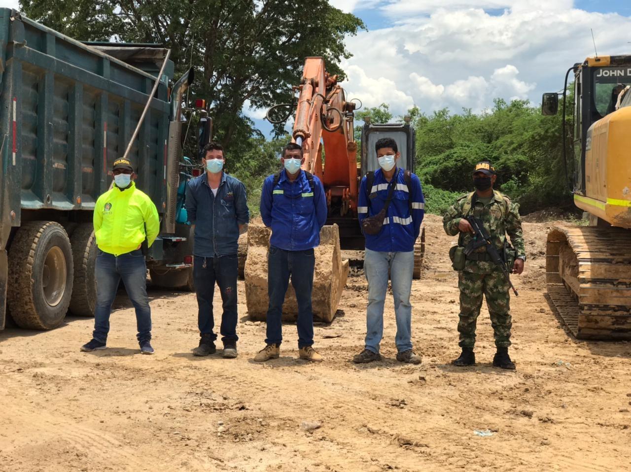 hoyennoticia.com, Tres capturados por practicar minería ilegal