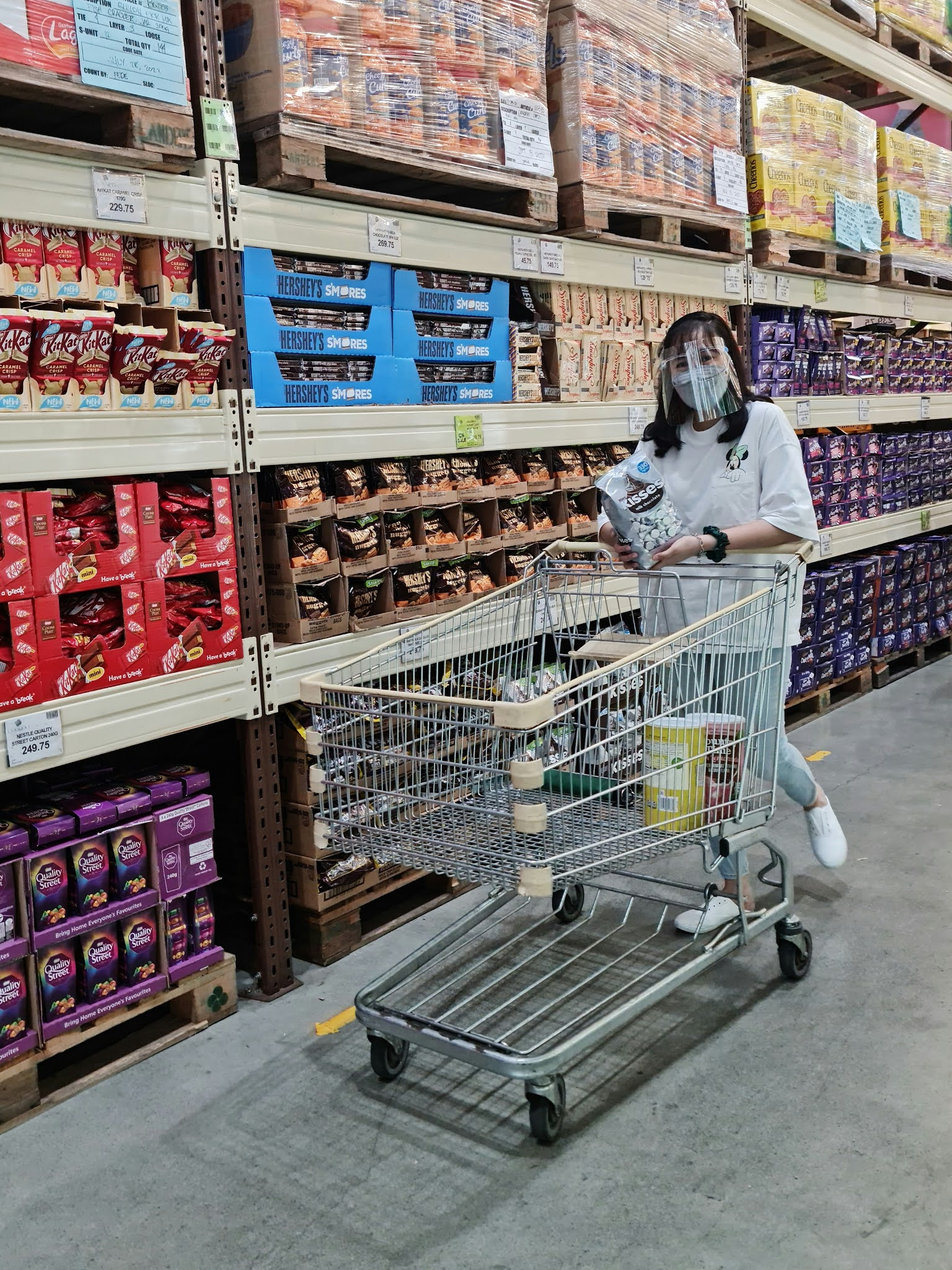 grocery shopping experience at Landers Superstore in the new normal