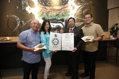 Burgerlari Certified Halal, Offers Malaysian Taste With Premium And Fresh Ingredients