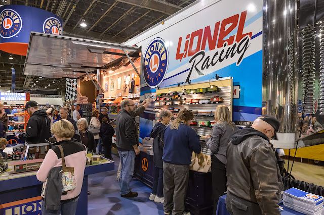 Lionel at The World's Greatest Hobby on Tour