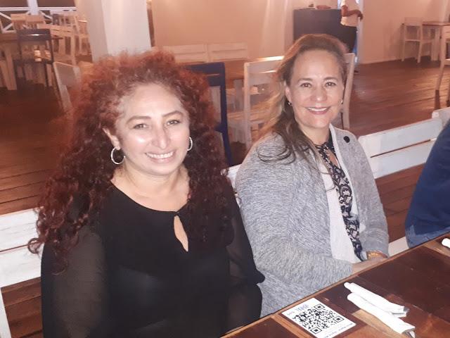 Gina Alfeiran y Mariel Antopia.