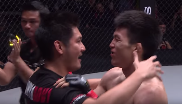 Chatri Sityodton Congratulating Shinya Aoki on a win after he cornered his fight