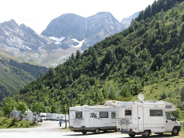Àrea d'autocaravanes en el Pirineu francès
