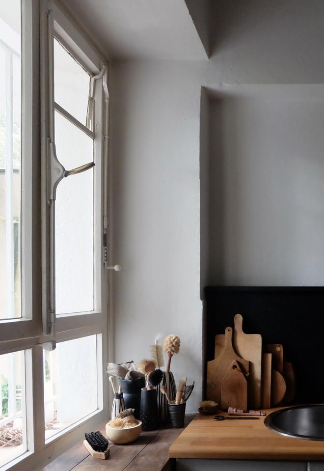 nachhaltig einrichten, wohnen mit kleinem budget, vintage living, sustainable lifestyle, DIY Küchenrückwand in Mietwohnungen, Low Budget Küche, Zero Waste in der Küche, Holz in der Küche