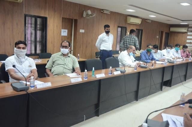 दुर्ग जिले में सड़क दुर्घटनाएं रोकने चलाया जाएगा विशेष अभियान