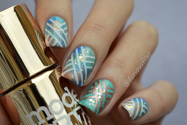 #31dc2015 stamping MoYou London Holy Shapes glitter