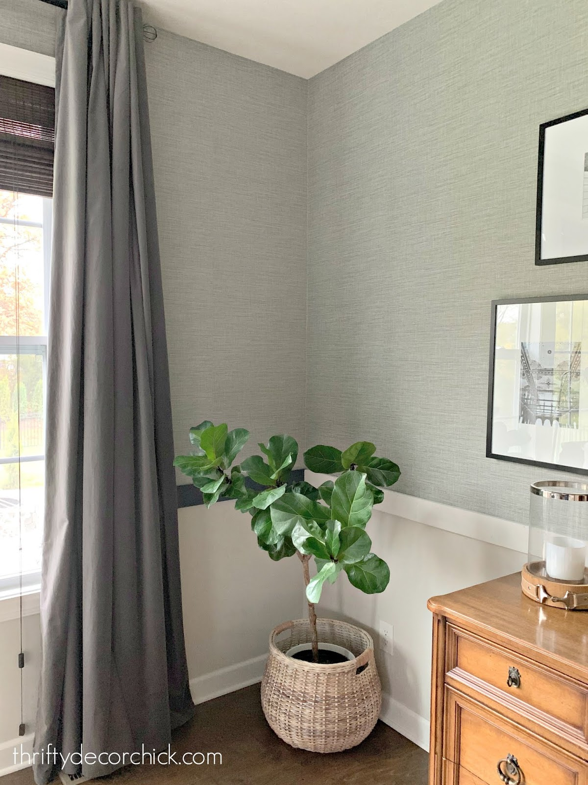 Classic look -- gray grasscloth wallpaper