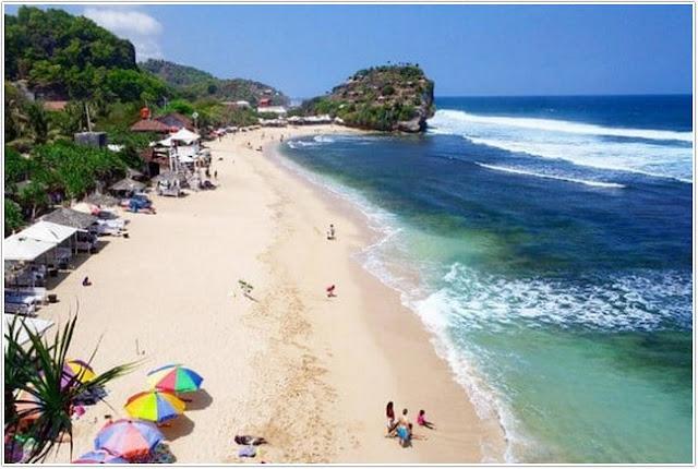Pantai Indrayanti;10 Top Destinasi Wisata Gunung Kidul