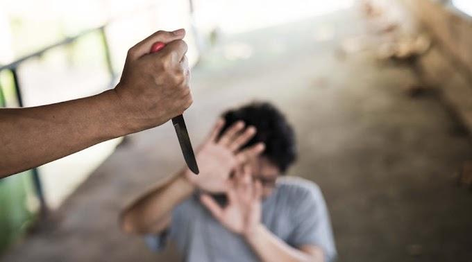 Féltékenységből késsel támadt barátnője gyermekeire a nógrádi férfi