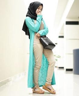 Model Busana Muslim Terbaru Untuk Wanita Sedang Trend Minggu Ini