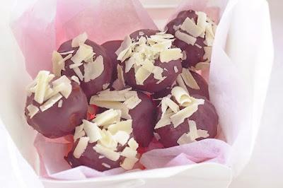 Hazelnut and milk chocolate truffles desserts recipes
